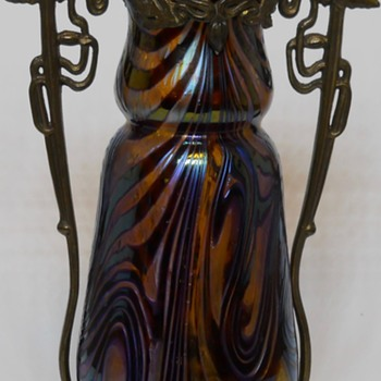 Art Nouveau Kralik Purple Swirl vase with Brass Mounted, circa 1910-15 - Art Glass