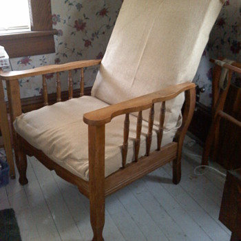 Morris Chair - Furniture