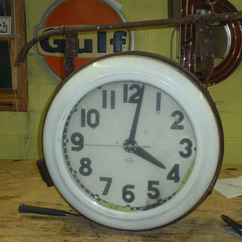 1940 double-sided cleveland clock - Clocks
