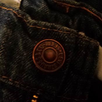 vintage 70's Levi's with unusual orange tab