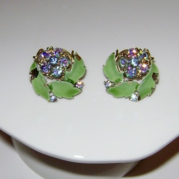 For Mikelv85 - Lisner Earrings