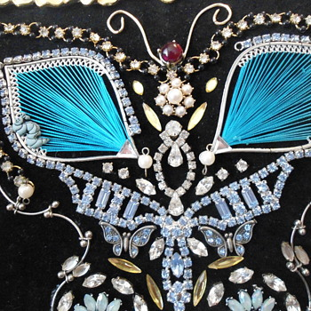 Jewelry Art picture - Costume Jewelry