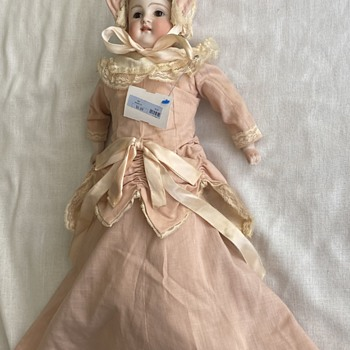 Early bisque doll (not sure of maker) - Dolls