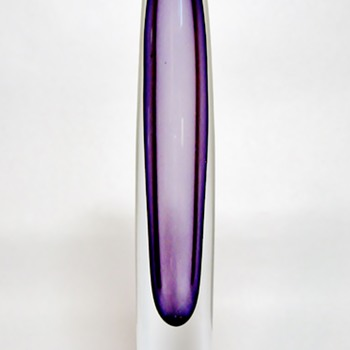 ASTA  STROMBERG - SWEDEN - Art Glass