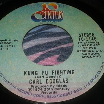 "Carl Douglas 20th Century Records ""Kung Fu Fighting"" / ""Gamblin' Man"" 45 RPM [TC-2140] - Records"