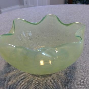 Art Nouveau Vaseline Bowl - Art Nouveau