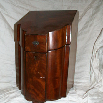 1780 English Mahogany Georgian Knife Box (Missing Internal Parts) ~ (Now) Liquor Chest =^' - Furniture