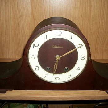 Tradition clock