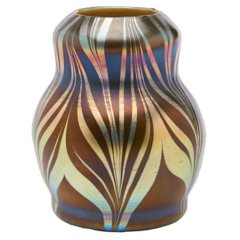 Trevaise Vase c.1907. - Art Glass
