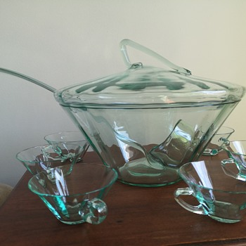 Unknown Punch Bowl Set - Glassware