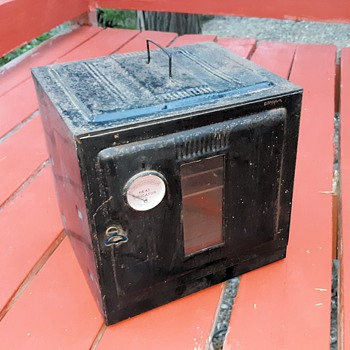Vintage 1930s Camp or Stove Top Oven This One In Excellent Condition - Kitchen