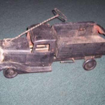 1930's BUDDY L DUMP TRUCK - Model Cars