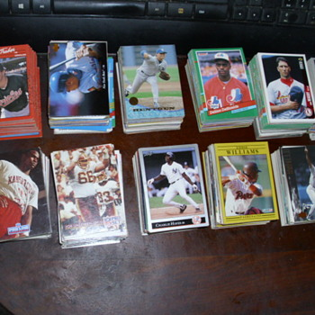 Baseball cards - Baseball