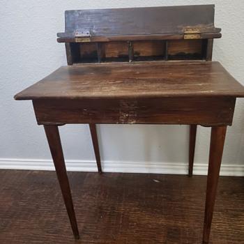 Antique desk find - Furniture