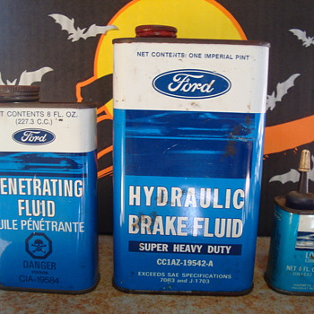vintage ford tin cans  - Petroliana