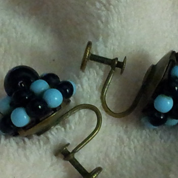 Blue & Black Glass Bead screw back earrings - Costume Jewelry
