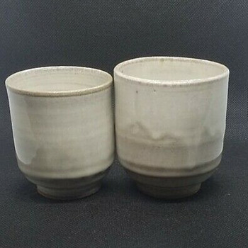 Another mystery meoto yunomi set - Pottery