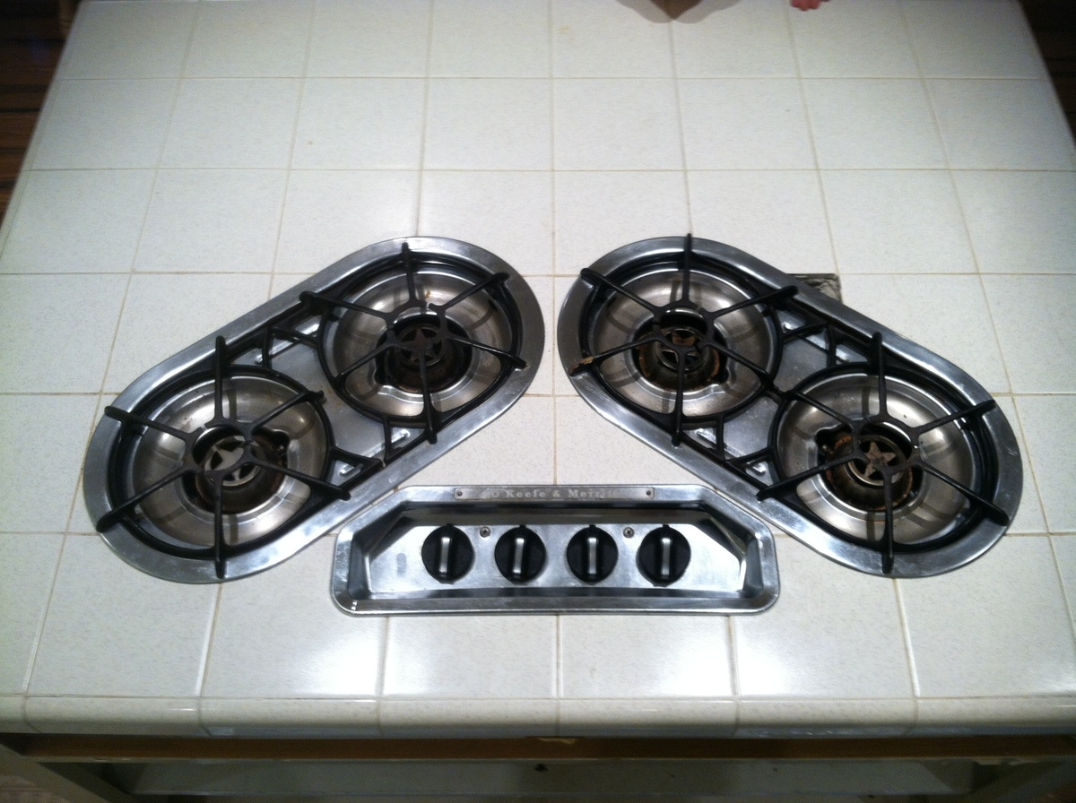 O'keefe & Merritt 236 T-13. Is this stove worth anything to anyone ...