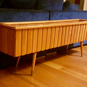 Midcentury planter box - Furniture