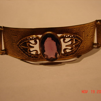Gold Bracelet With Swastika And Large Rhinestone  - Gold