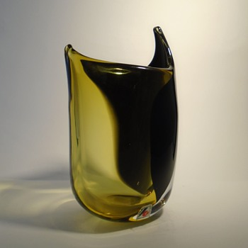 Svoboda AGS glassworks 'shark fin' art glass vase -- Czech art glass -- visit to Karlov - Art Glass