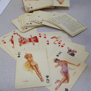 Vintage 'Vantities' playing cards by Alberto Vargas - Games