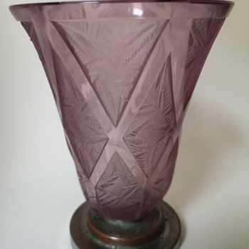 French etched art deco vase with metal foot - Art Deco