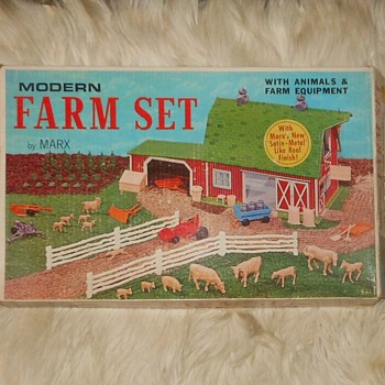 Marx Modern Farm Playset No. 3931 Almost Unused - Toys