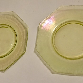 Looking for information on these yellow stretch plates - Glassware