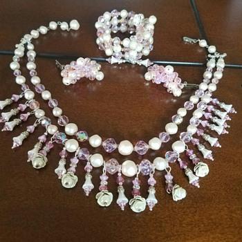 Vintage LAGUNA Pink Crystal Faux Pearl  Flower Rhinestone  Jewelry Set