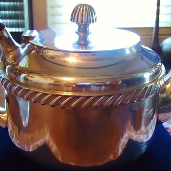 Teapot Need Help with Identifying!! - Silver