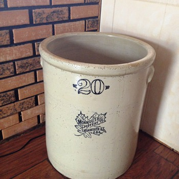 Old Crock - China and Dinnerware