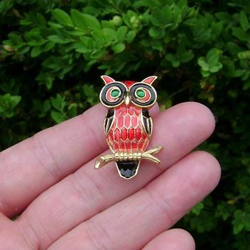 Trifari Owl Brooch - Animals