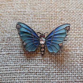 Art Nouveau Depose Plique-à-Jour Sterling Silver and Crystals Butterfly Brooch - Art Nouveau