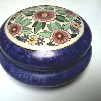 "Hand Painted Trinket Box / Uno ""Favorite"" Bavaria Mark / Circa 1916 /Burley and Tyrrell Co. Chicago Ill. Importer Circa 1912 - Pottery"