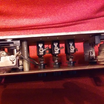 brass elevator control panel PART 2 - Electronics