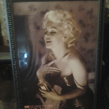 Tinted Marilyn Monroe chanel no5 print
