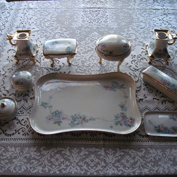 Lovely handpainted porcelain dresser set - China and Dinnerware