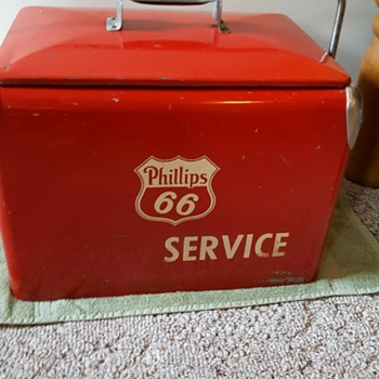 Phillips 66 SERVICE Metal Ice Box - Advertising