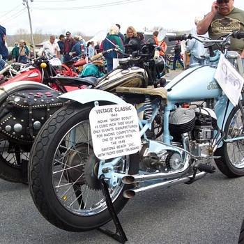 More old bikes from Oley Pa gathering - Motorcycles