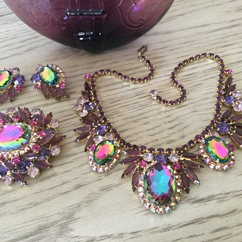 D & E DEMI-PARURE....watermelon anyone? - Costume Jewelry
