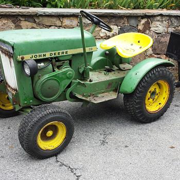 John Deere Garden Tractor 110 - c.1965 - Tractors