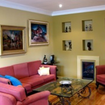 MORE IMAGES OF OUR ART DECO IN OUR LOUNGE ROOM