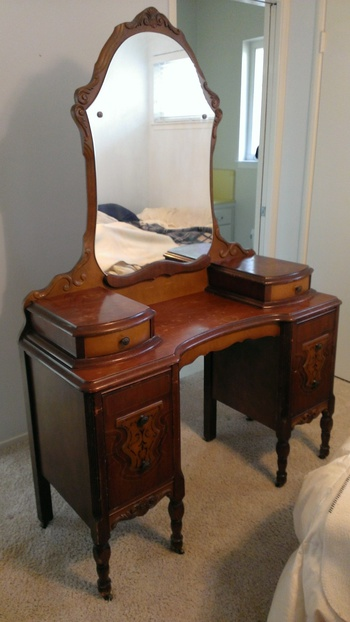 Mirrored Vanity Table And Stool: Antique Vanity Table & Mirror W/Matching Stool