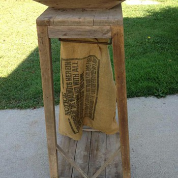 Primitive Grain Bagger? - Furniture