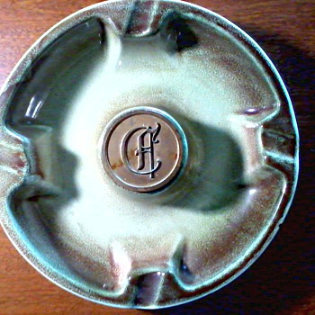 """Hyde Park"" Metal Monogram Ashtray /Pale Green and Brown Drip Glaze / Circa 1950 - Pottery"