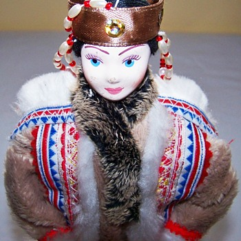 Anyone know what culture this is?  One of the most intricate I have seen! - Dolls