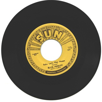 Elvis Presley  45  on Sun Label   - Records
