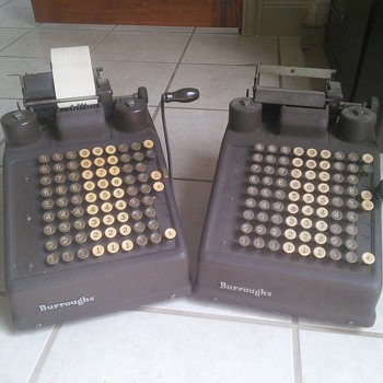 Vintage Burroughs Adding Machine. - Office