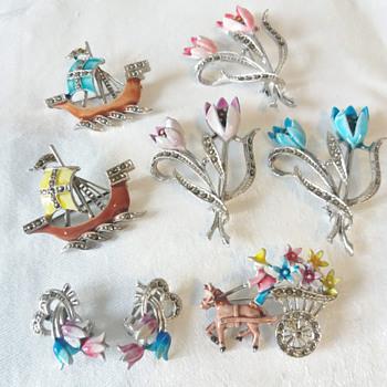 Marcasite Enamel Brooches by Bloxidge Bros Bee Brand, Book Pieces - Costume Jewelry